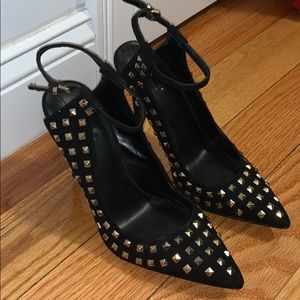 Fairly new, Black pointed heels